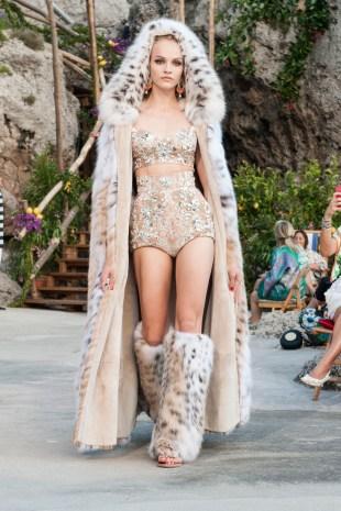 Dolce & Gabbana Alta Moda 2014 by Suky Mendes